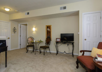 Town Village Vestavia Hills: Living Room to Bedroom